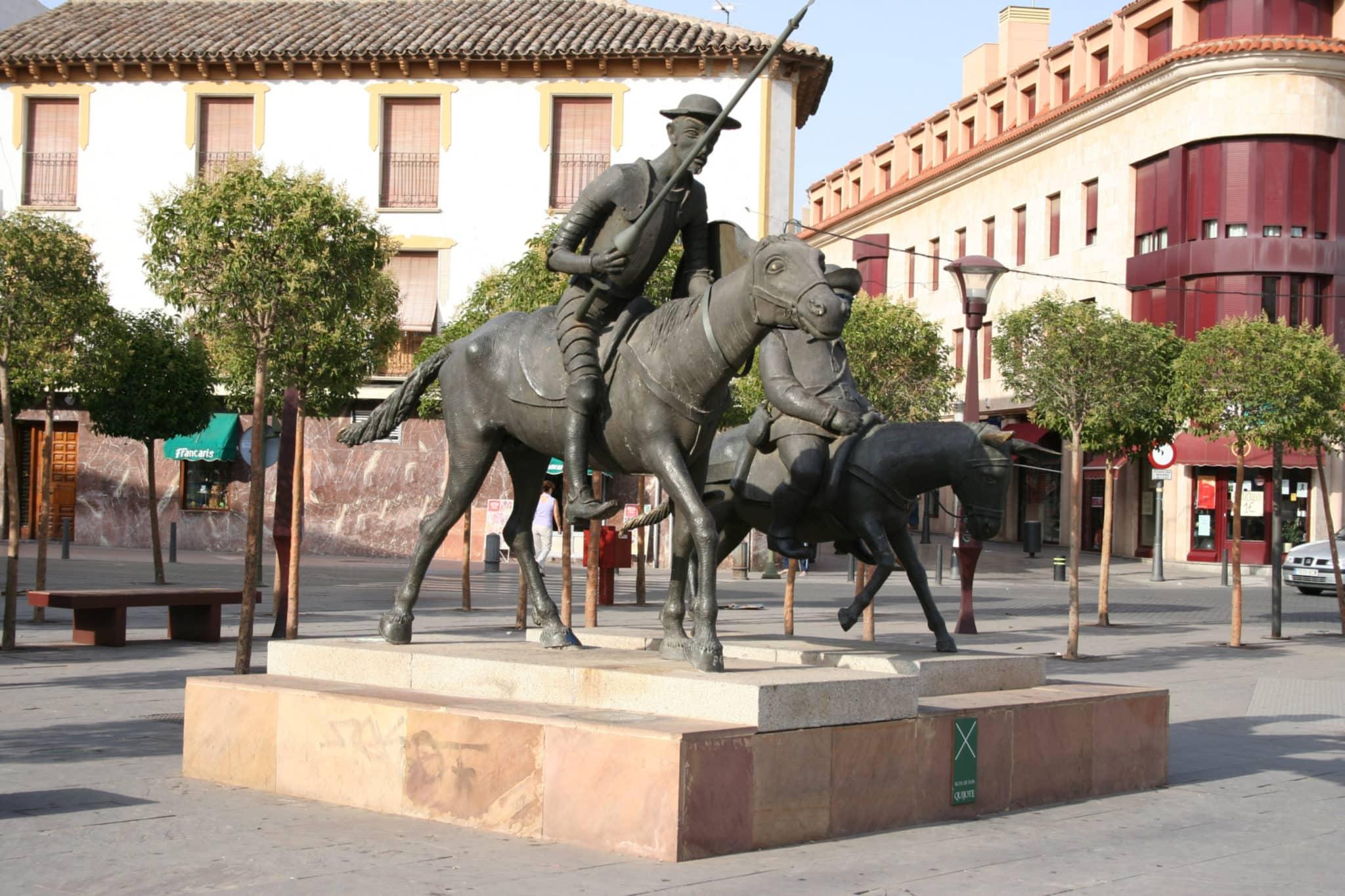 Alcazar_San_Juan_Quijote_Sancho_JMM