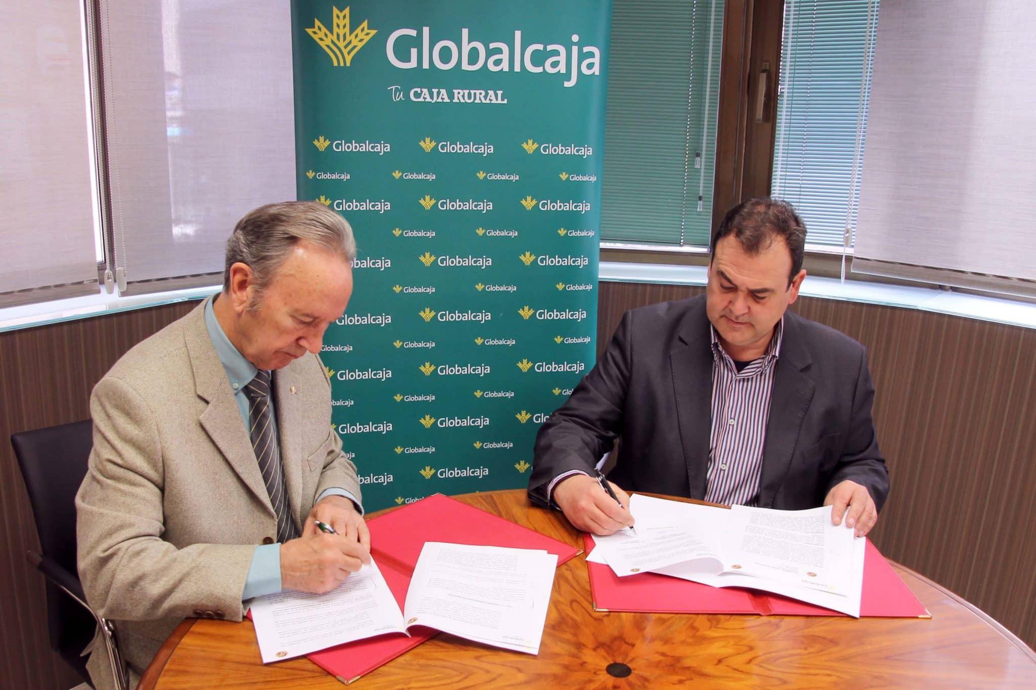 https://blog.globalcaja.es/wp-content/uploads/2015/10/FIRMA-CONVENIO-Globalcaja_balonmano-11_R.jpg
