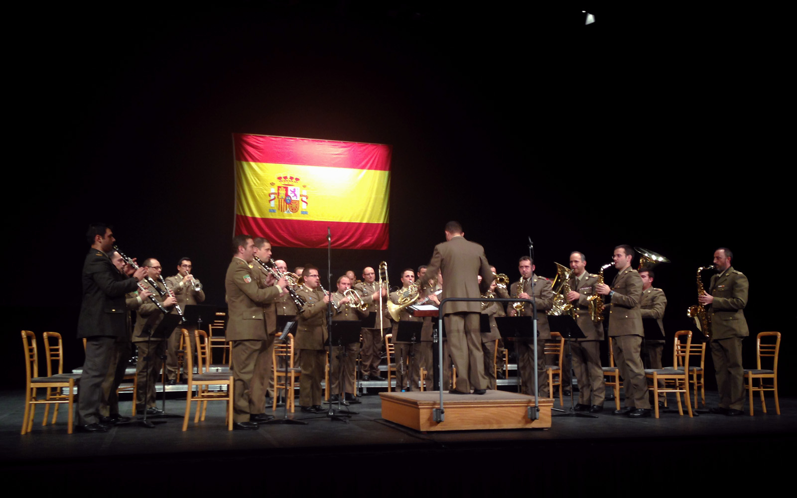 https://blog.globalcaja.es/wp-content/uploads/2015/11/Concierto-militar-1-1.jpg