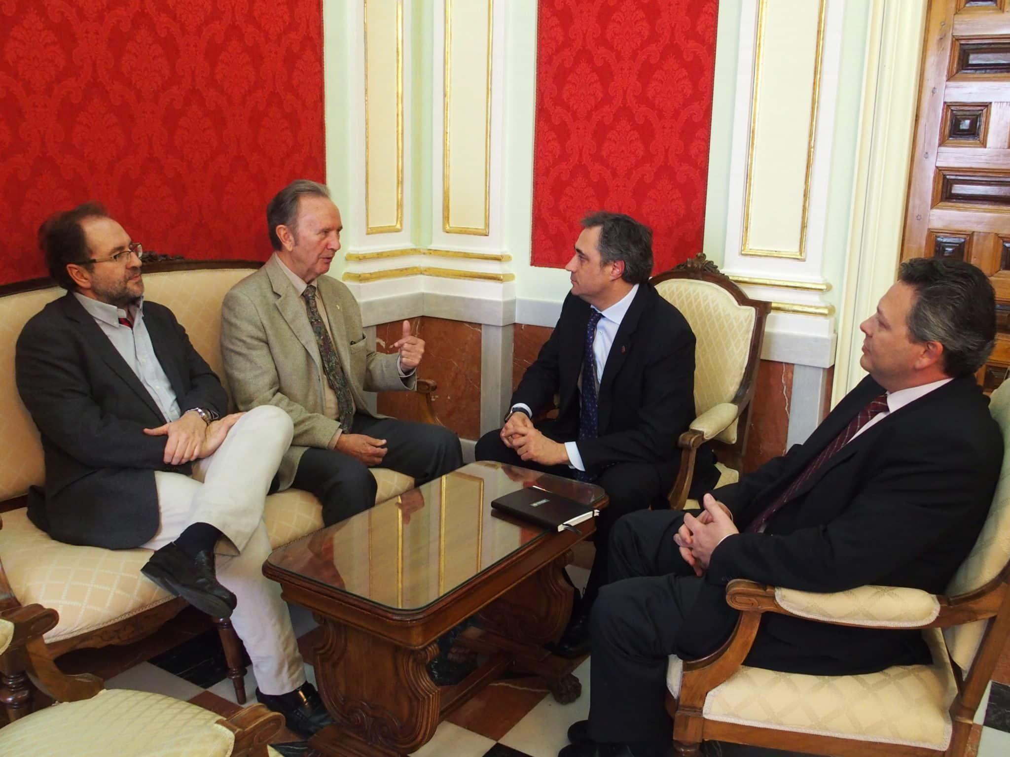 El Ayuntamiento de Cuenca y Globalcaja incrementan su colaboración