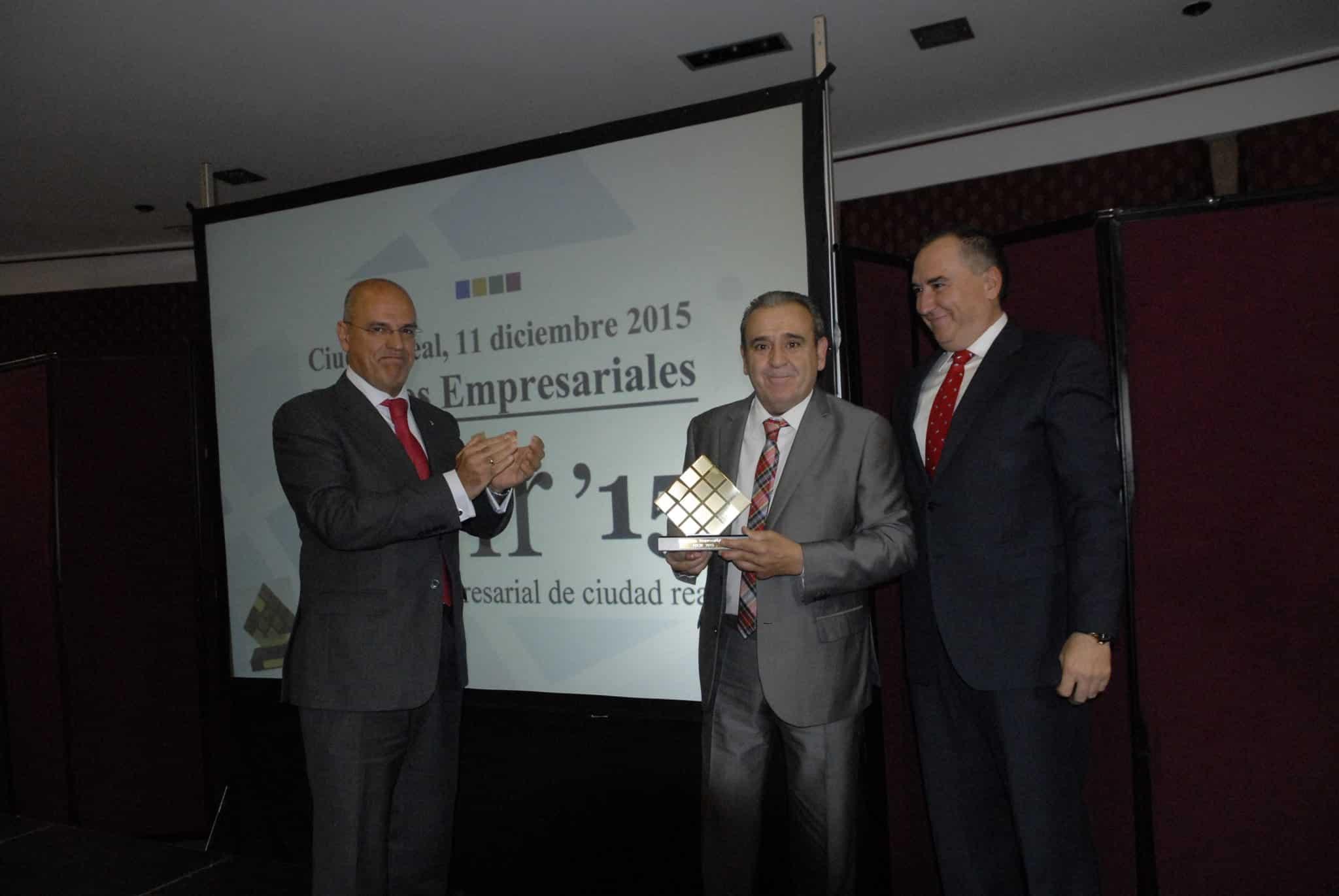https://blog.globalcaja.es/wp-content/uploads/2015/12/globalcaja-fecir-premios-dic-2015-056.jpg