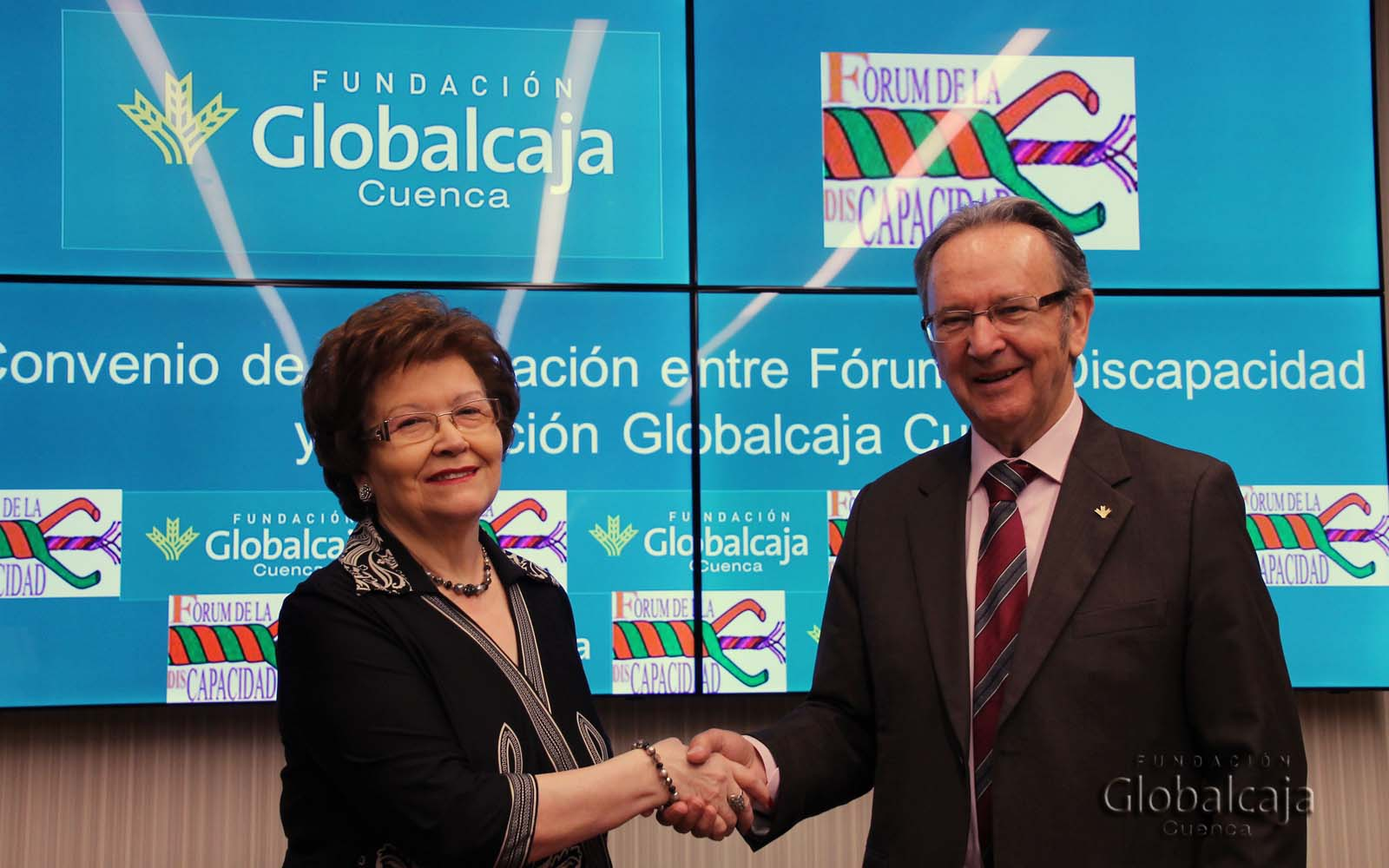 https://blog.globalcaja.es/wp-content/uploads/2016/04/FIRMA-CONVENIO_FORUM-DISCAPACIDAD-8_W.jpg