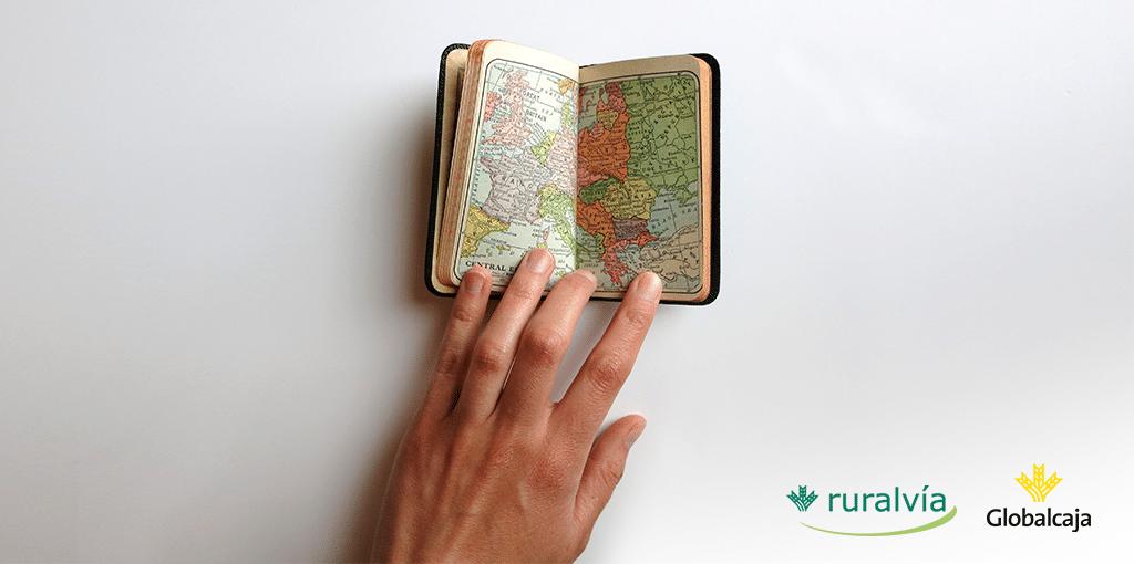 Antes de viajar, revisa tus tarjetas para llevarlas a punto