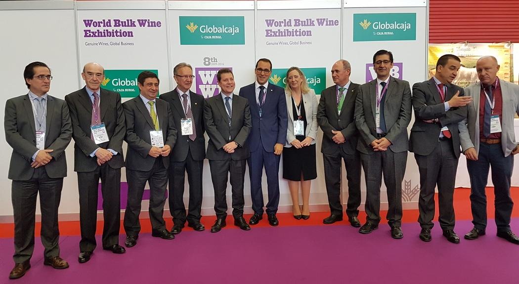El presidente de Globalcaja, en el acto de entrega de los premios del Concurso International Bulk Wine Competition