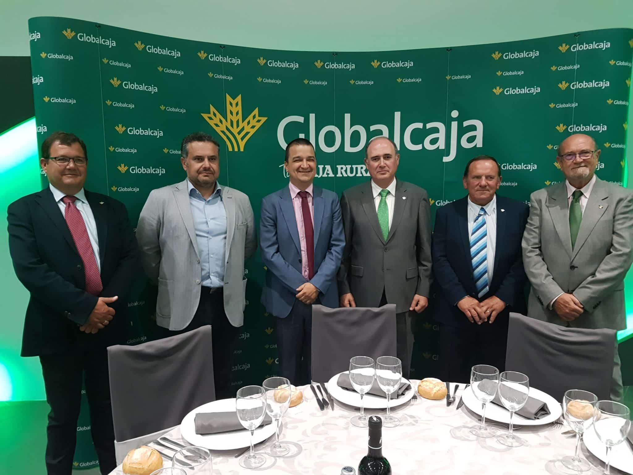 Globalcaja reúne a más de 400 profesionales del mundo agrario y ganadero en la comida de hermandad con motivo de Expovicaman