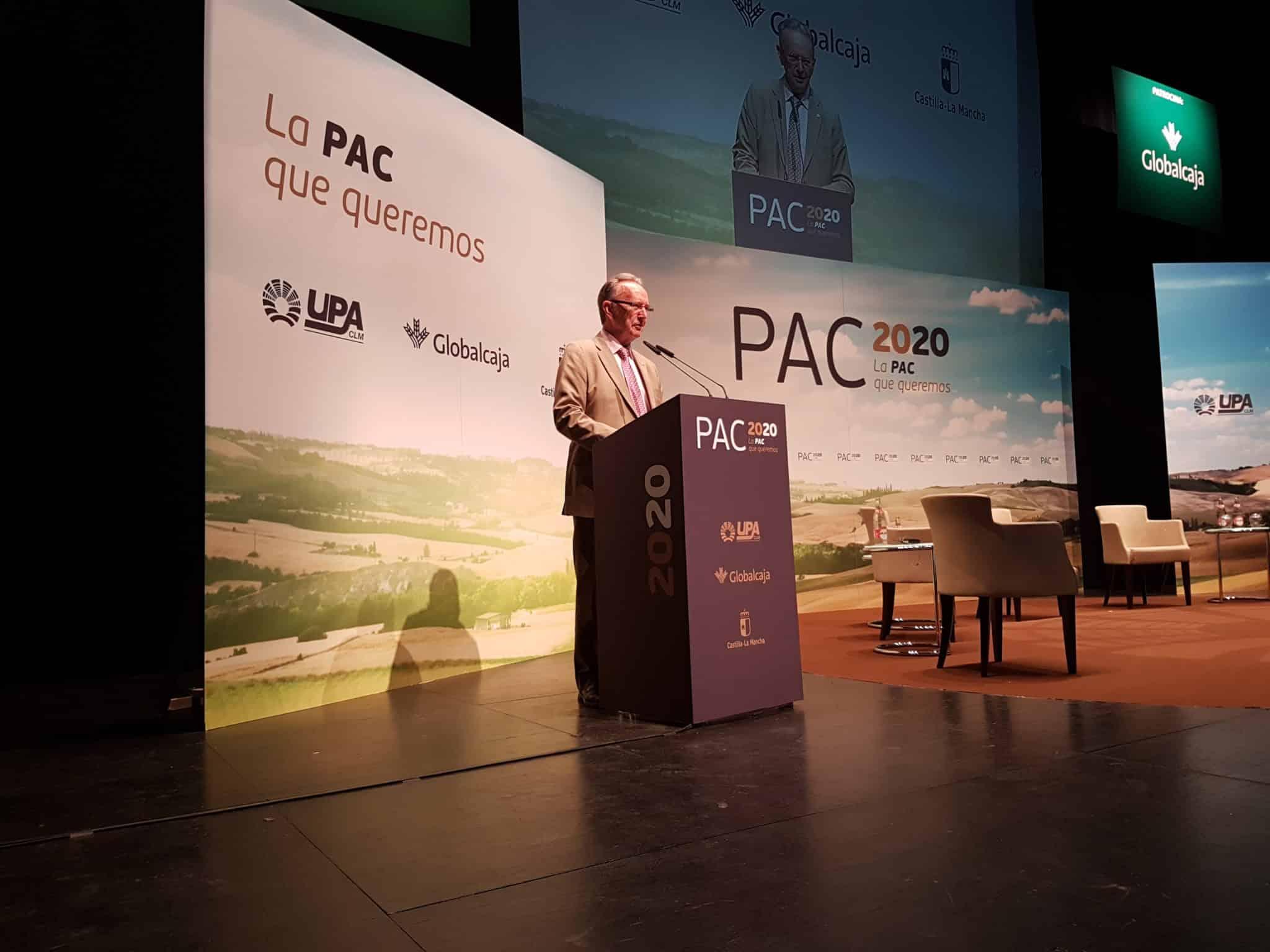 """El presidente de Globalcaja, Carlos de la Sierra, ha intervenido en la inauguración de las Jornadas """"PAC 2020"""