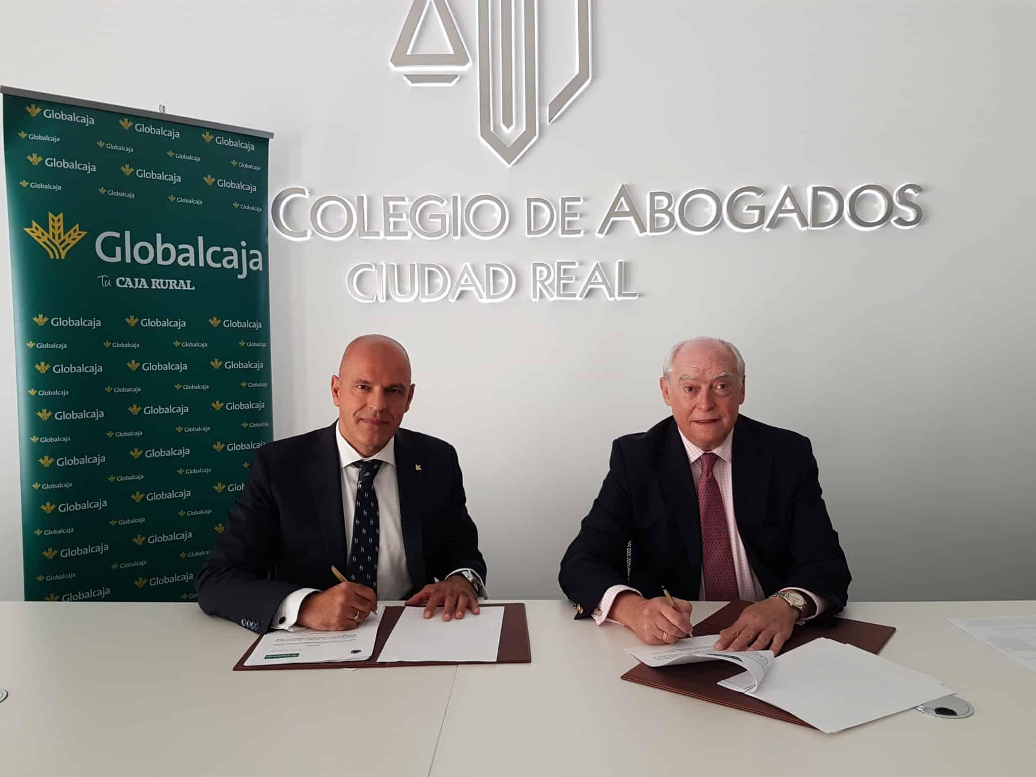 GLOBALCAJA RENUEVA EL CONVENIO CON EL COLEGIO DE ABOGADOS DE CIUDAD REAL
