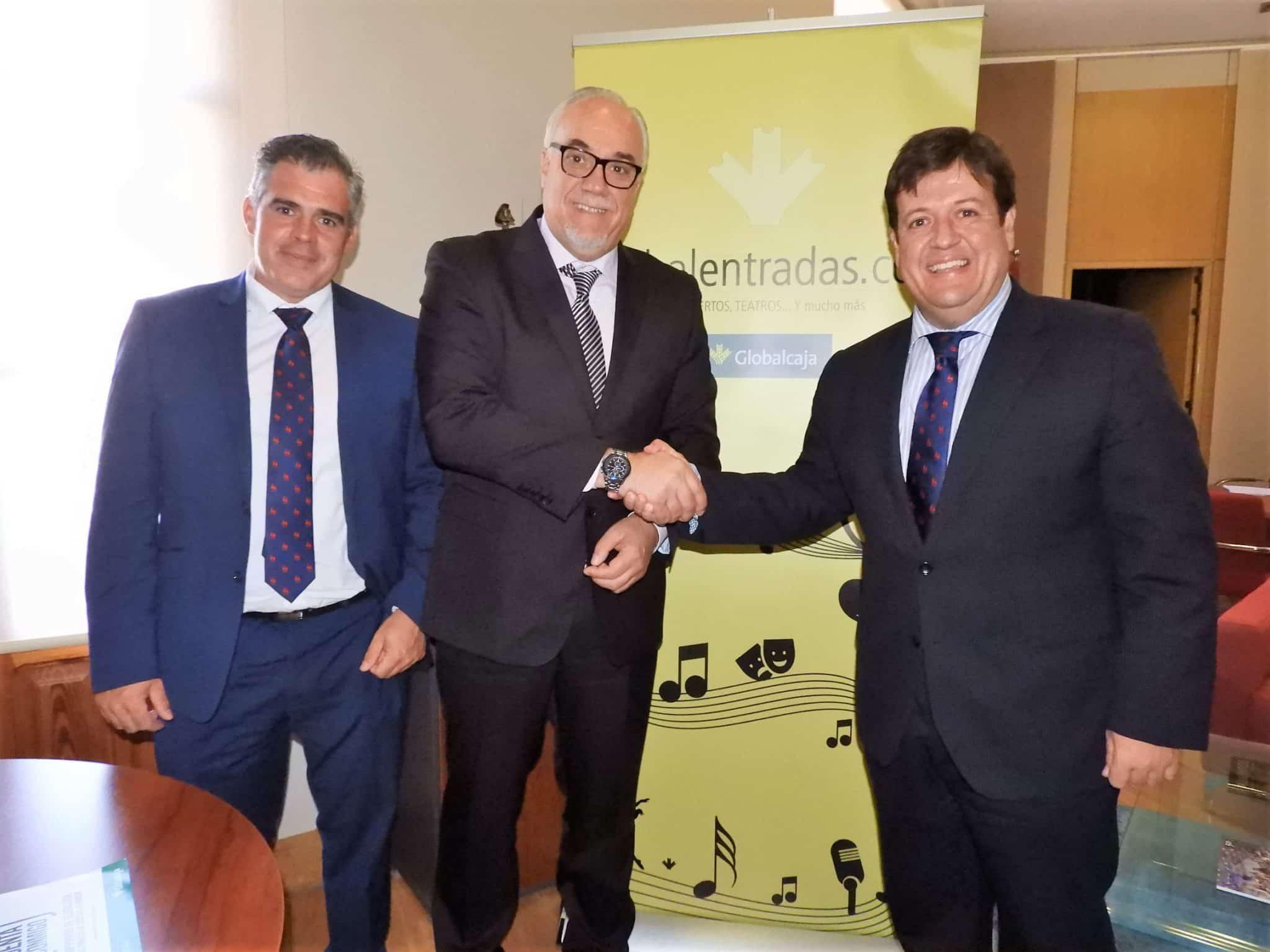 Ayuntamiento de Manzanares y Globalcaja renuevan su compromiso para la venta online de entradas