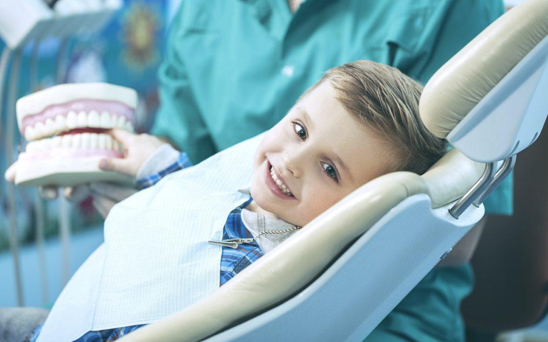 ¿Por qué es beneficioso que los niños reciban tratamientos de ortodoncia?