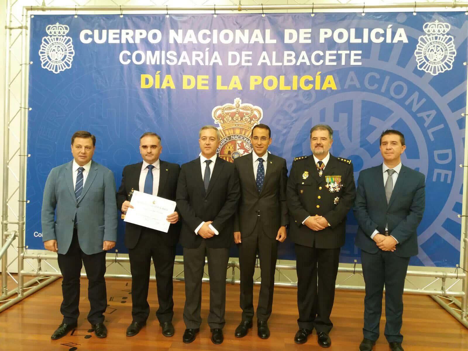 https://blog.globalcaja.es/wp-content/uploads/2017/10/policia-nacional.jpg