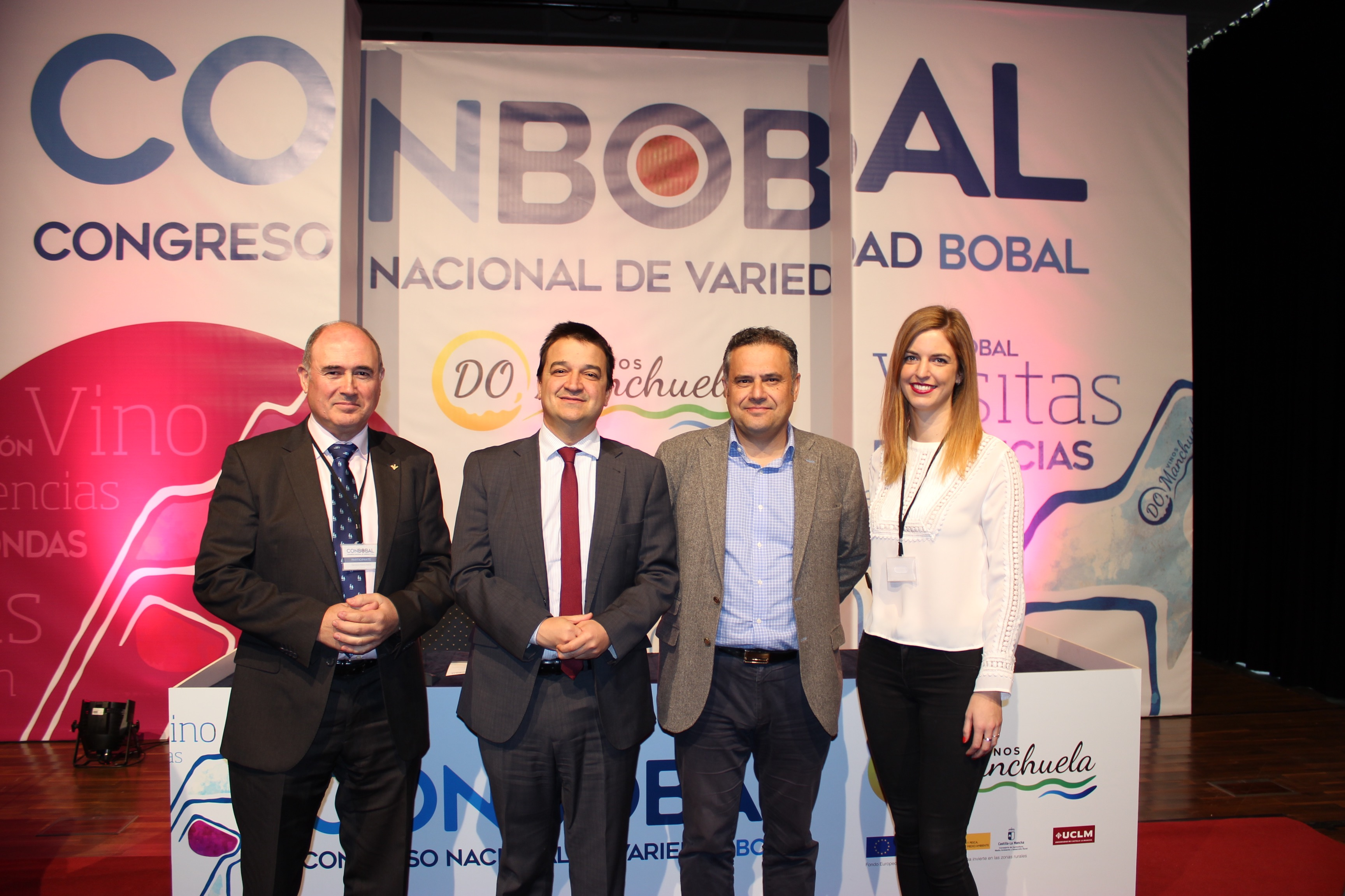 https://blog.globalcaja.es/wp-content/uploads/2017/11/Globalcaja-en-el-Congreso-Nacional-de-Variedad-Bobal.jpg