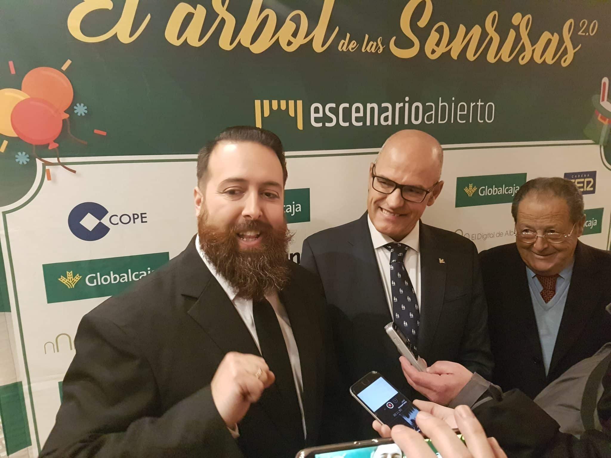 https://blog.globalcaja.es/wp-content/uploads/2017/12/el-arbol-de-las-sonrisas-ciudad-real.jpg