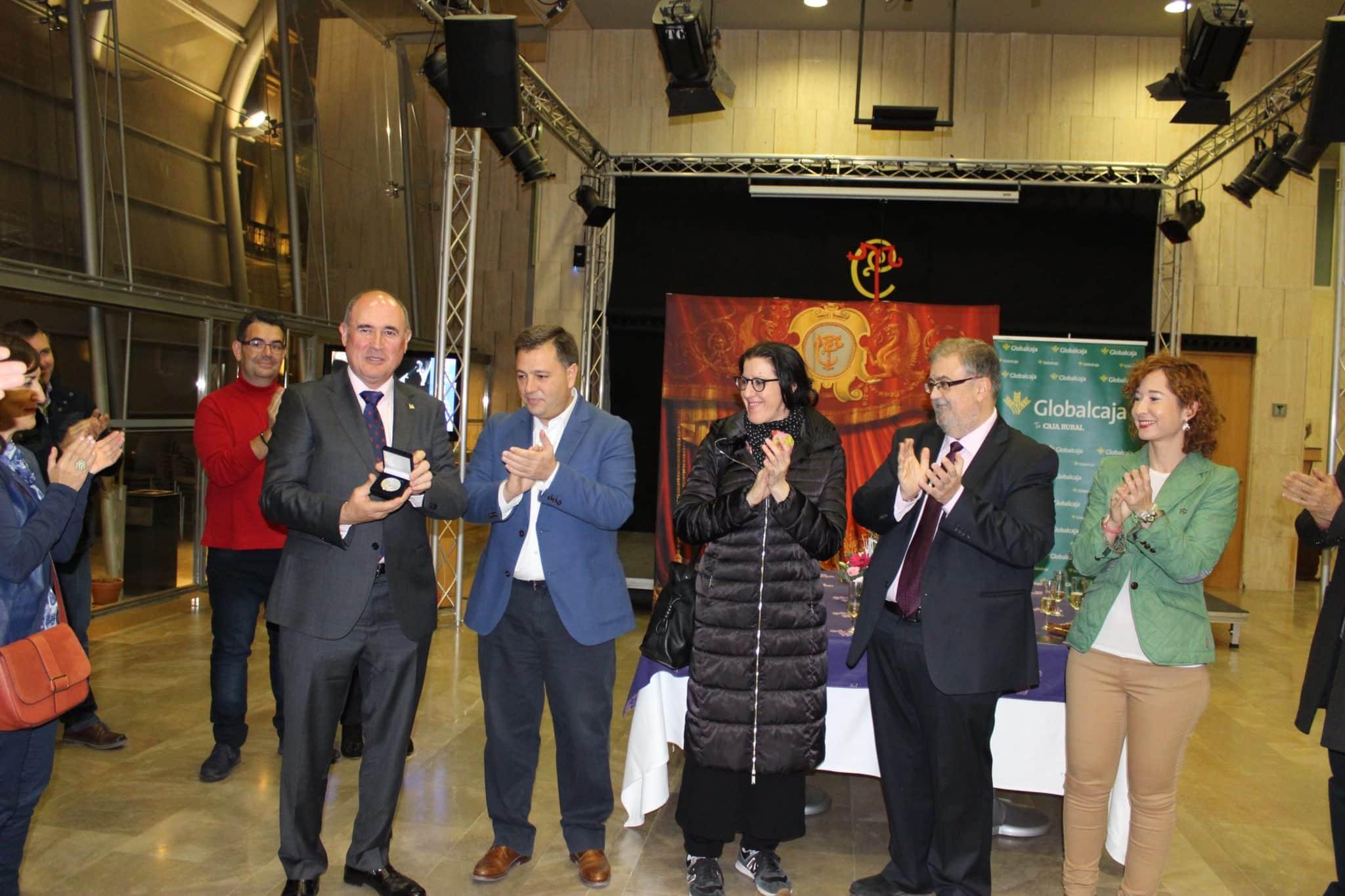 https://blog.globalcaja.es/wp-content/uploads/2017/12/globalcaja-medalla-cultura-teatro-circo.jpg