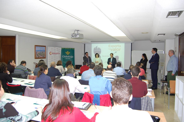 El Aula de Internacionalización de Globalcaja y la Cámara de Comercio ha formado a 116 empresarios de la provincia