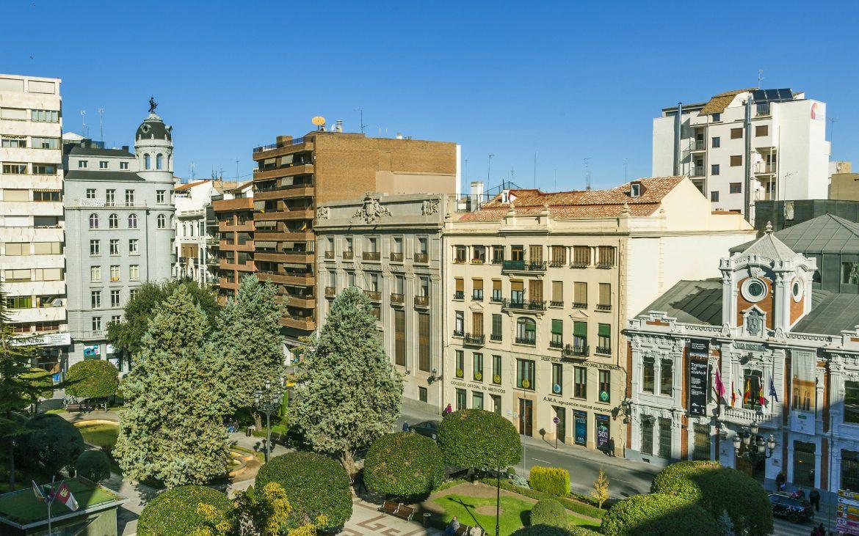 ¿Sabías que... se ha propuesto remodelar y abrir Los Refugios Antiaéreos del Altozano de Albacete?
