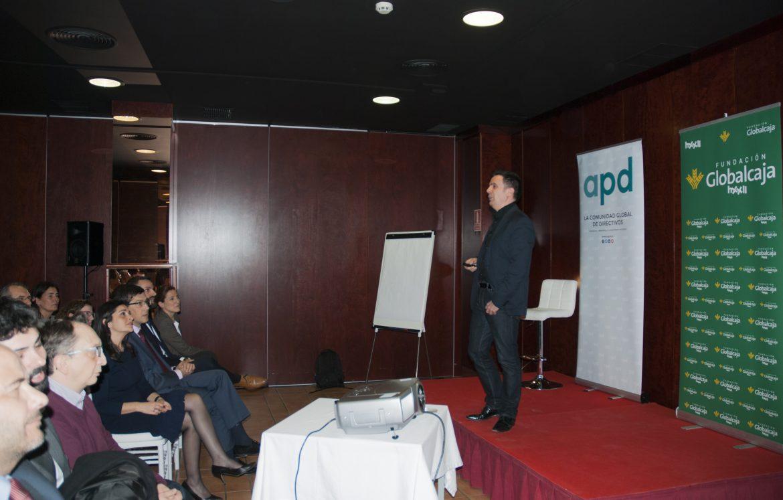 APD y Globalcaja HXXII acercan las técnicas de persuasión a medio centenar de directivos