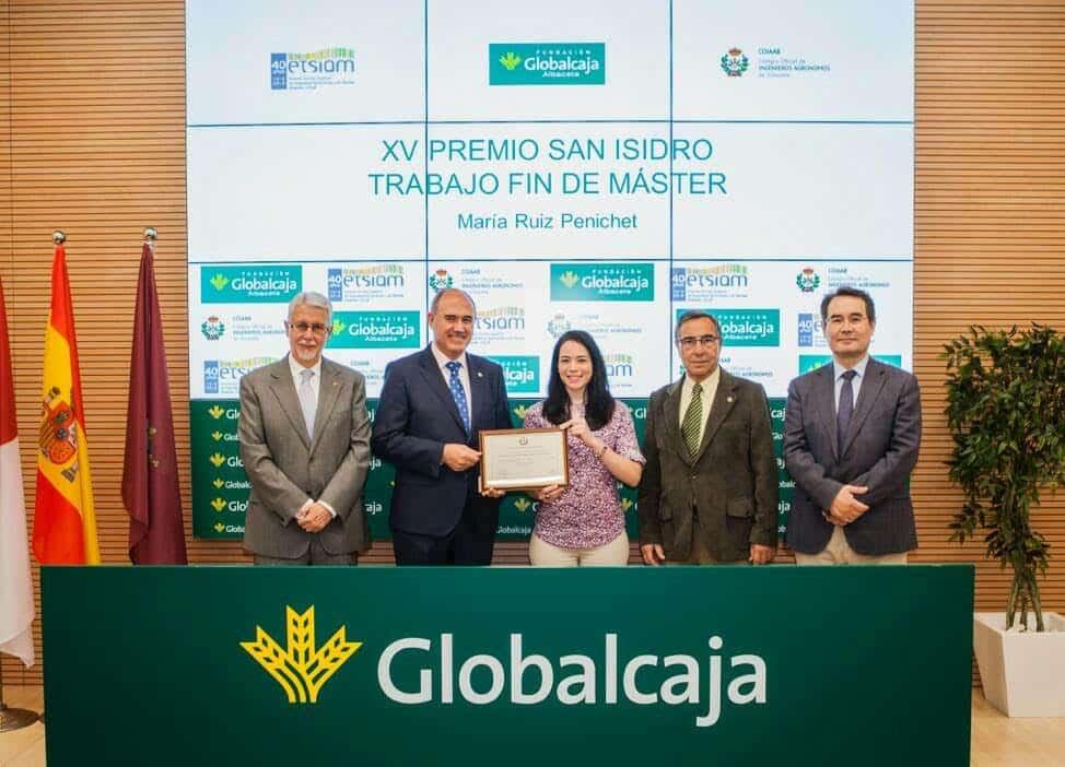"""Entrega del XV Premio """"San Isidro"""" al mejor Trabajo fin de Master en Globalcaja"""