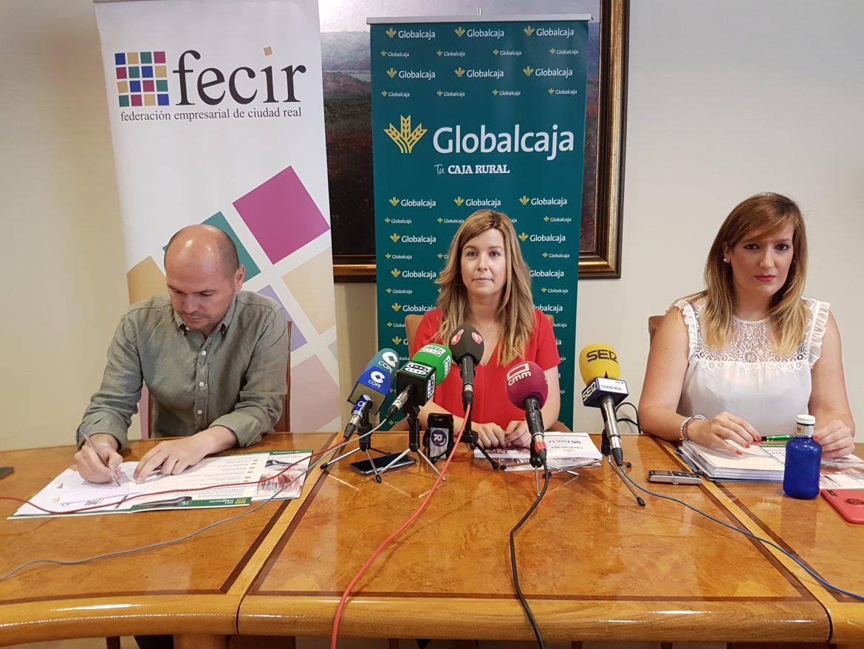 Globalcaja y Fecir lanzan medidas y proyectos para promocionar el pequeño comercio de la provincia