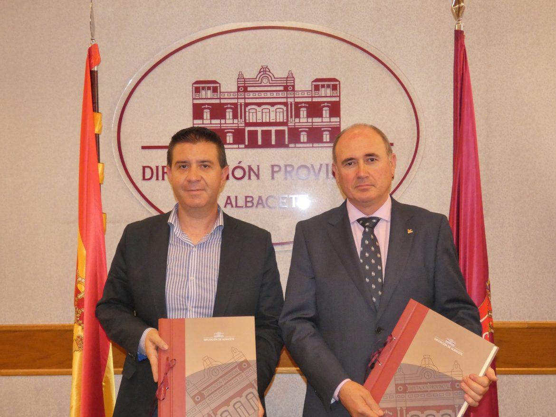 """Acuerdo entre Cultural Albacete y Fundación Globalcaja para el desarrollo de los """"Circuitos Diminutos"""" y las """"Jornadas de Periodismo"""""""