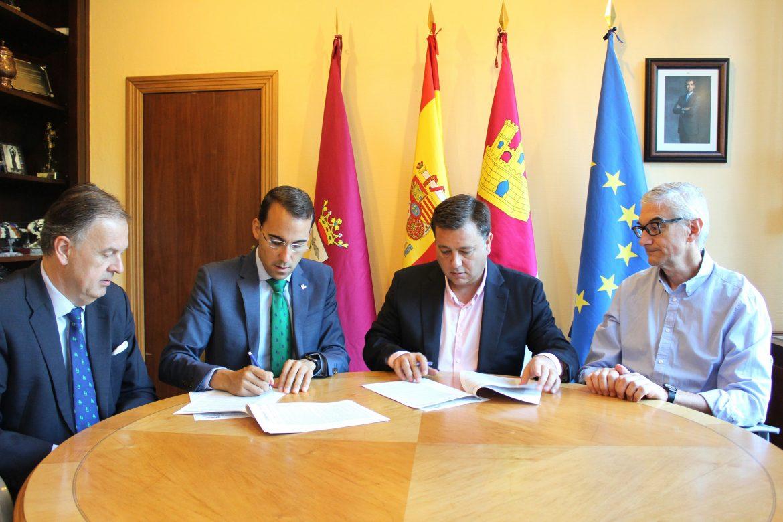 Manuel Serrano señala que el Ayuntamiento de Albacete se ahorrará cerca de 300.000 euros con la refinanciación del Préstamo ICO que le permite abandonar el Plan de Ajuste
