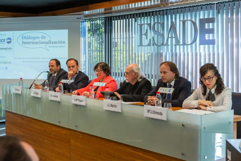 Globalcaja presenta su modelo de comercio exterior
