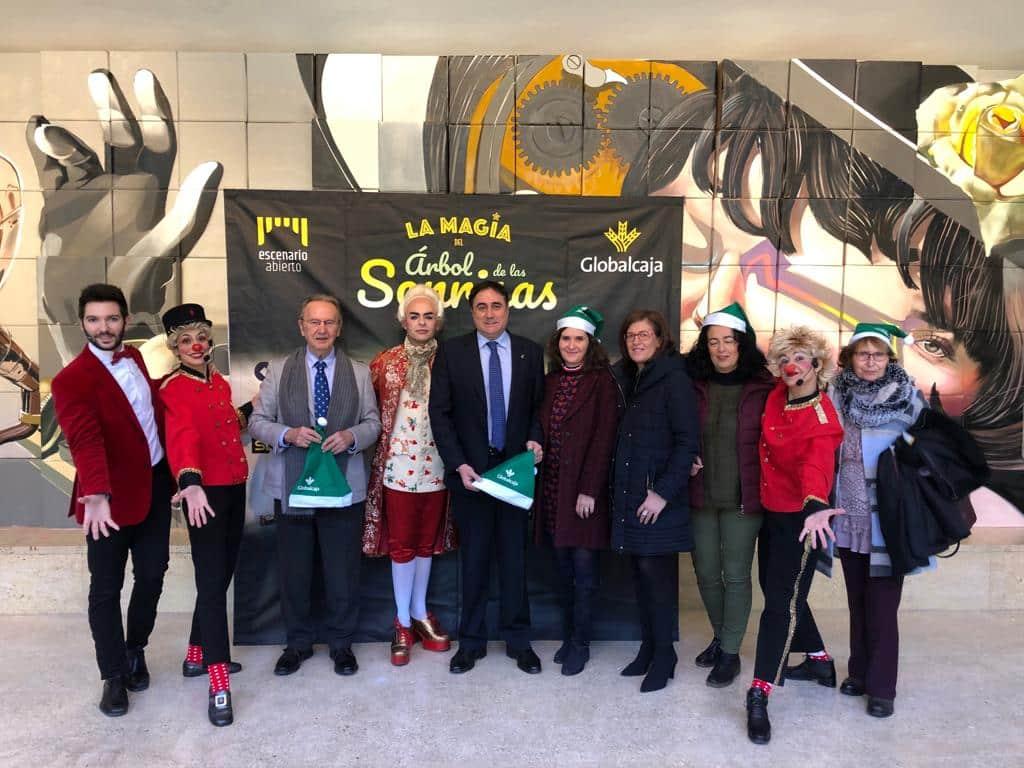 """Gran éxito de """"La Magia del Árbol de Las Sonrisas"""" en Cuenca"""