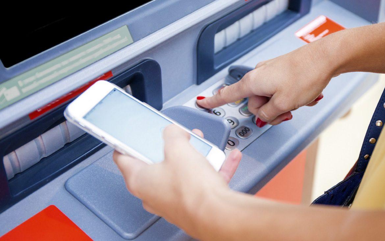 Cómo sacar dinero sin tarjeta en el cajero