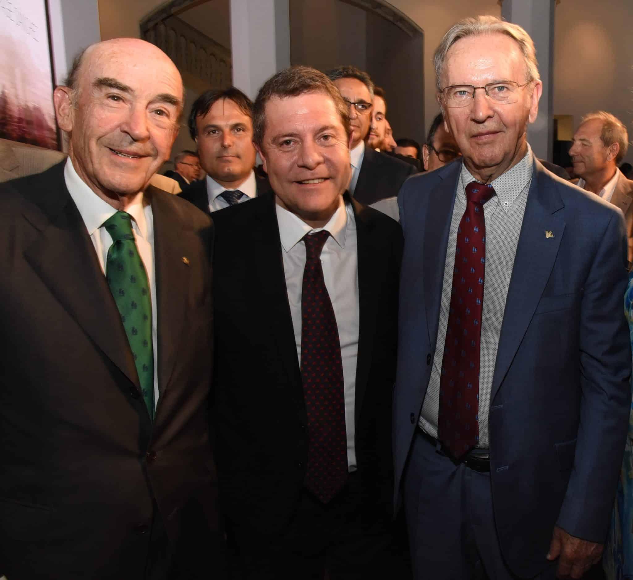 https://blog.globalcaja.es/wp-content/uploads/2019/07/Toma-posesion-Garcia-Page.jpg