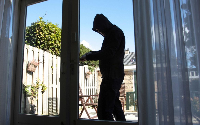 https://blog.globalcaja.es/wp-content/uploads/2019/08/evitar-robos-en-casa-en-vacaciones.jpg