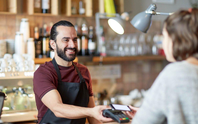 Ventajas de pagar con el móvil, un método rápido y seguro