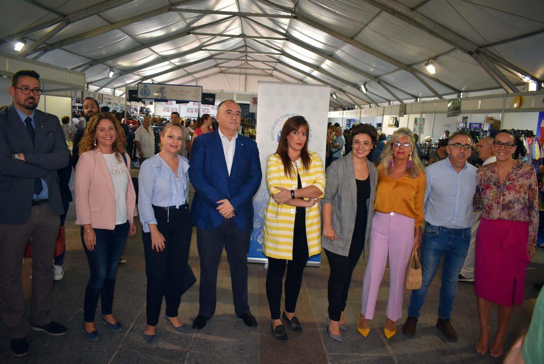La Plaza Mayor acoge hasta el domingo la XIX Feria del Stock con descuentos de hasta un 80%