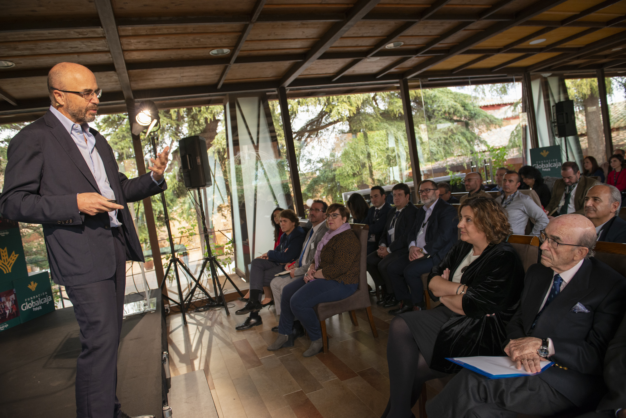 https://blog.globalcaja.es/wp-content/uploads/2019/11/Foro-IESE-FGHXXII-general.jpg
