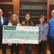 La APCR y Globalcaja entregan a Afanion los fondos recaudados en la II Gala de la Comunicación