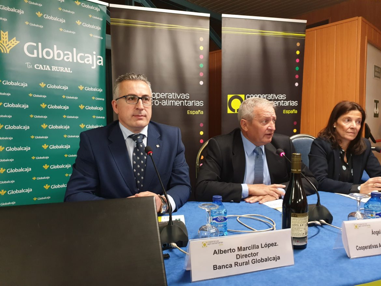 Globalcaja, con el sector vitivinícola en la Jornada de Cooperativas Agro-Alimentarias de España sobre la reforma de La Pac en el sector