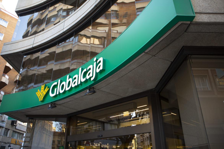 Globalcaja garantiza el servicio a sus clientes y recomienda el uso de sus medios digitales