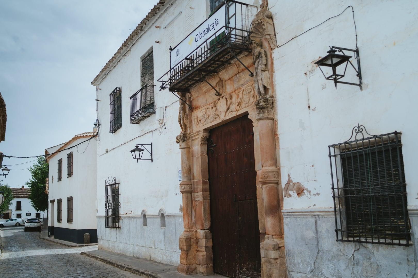 https://blog.globalcaja.es/wp-content/uploads/2020/07/Palacio-de-los-Oviedo-espacio-Globalcaja.jpeg