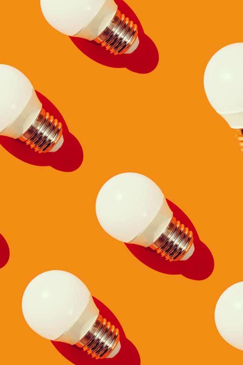 Las tres bombillas de bajo consumo: sé sostenible y ahorra en luz