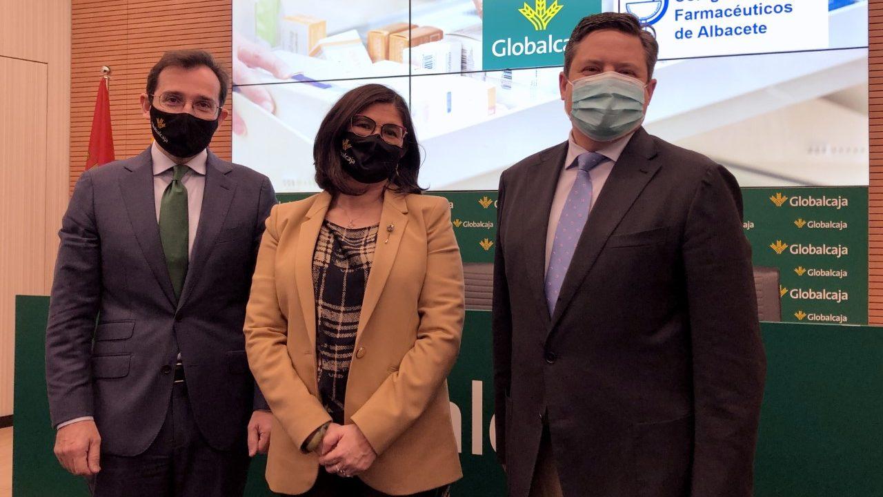 https://blog.globalcaja.es/wp-content/uploads/2021/03/Firma-adhesion-convenio-farmaceuticos-AB-1280x720.jpg