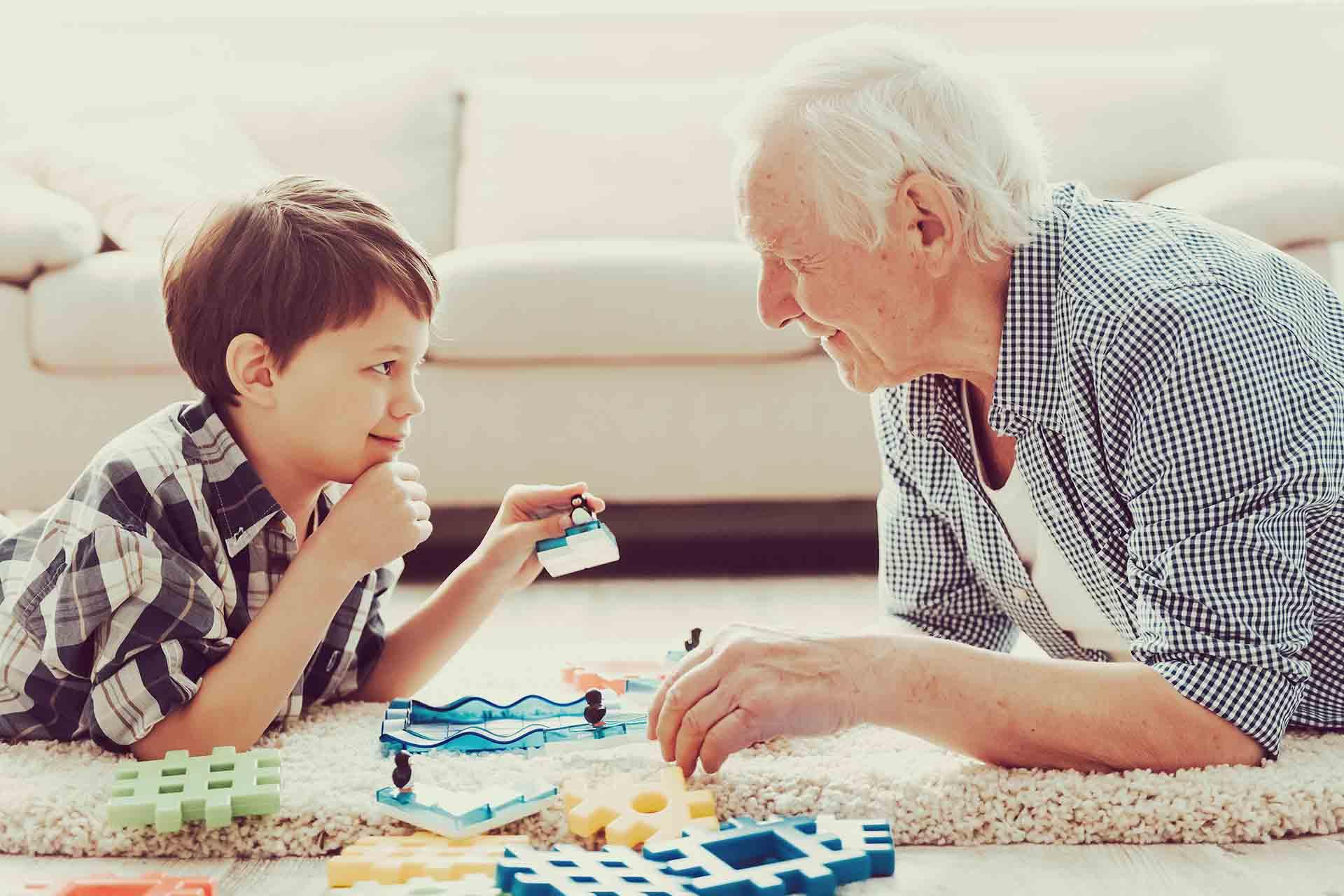 ¿Qué es el envejecimiento activo? Hagamos felices a nuestros mayores