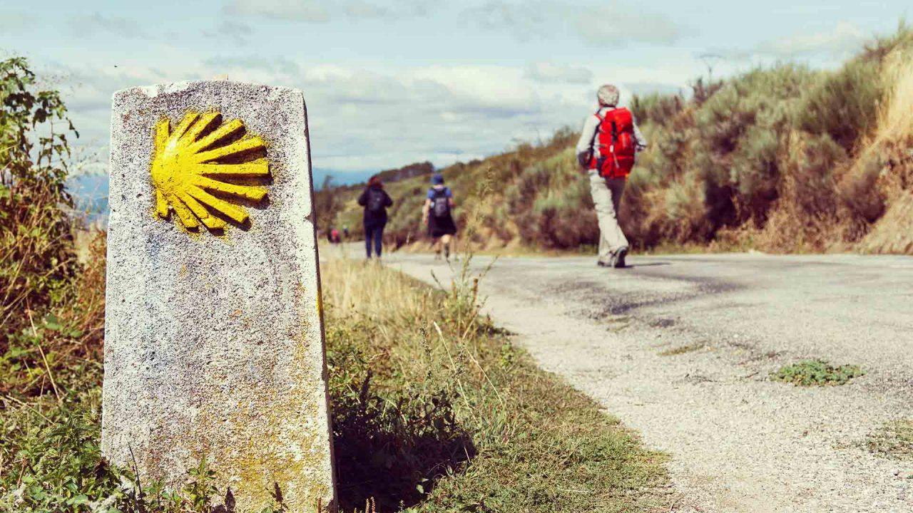 https://blog.globalcaja.es/wp-content/uploads/2021/09/Camino-de-Santiago-CLM-1-1280x720.jpg