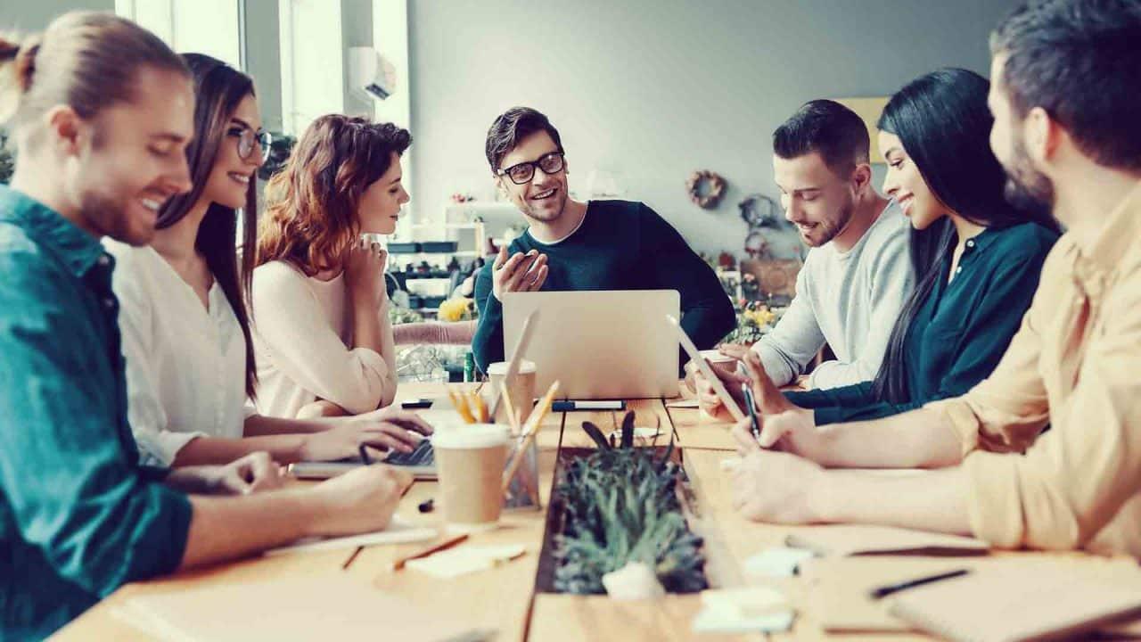 Consejos para dar formación presencial y virtual a tus empleados